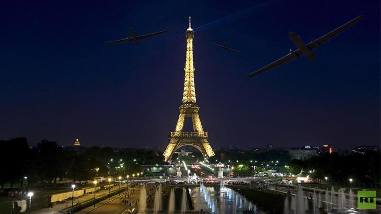 طائرات مجهولة من دون طيار تحلق فوق باريس
