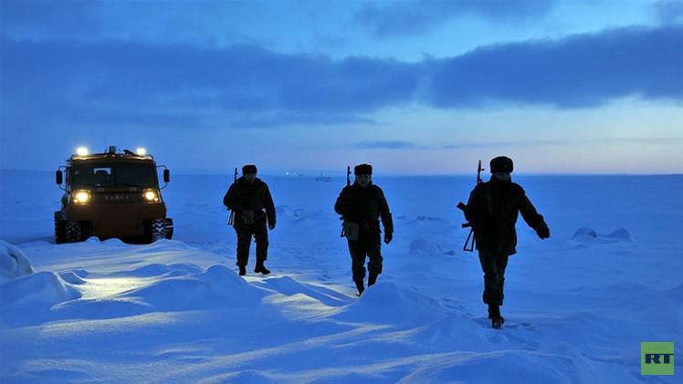 شويغو: روسيا مستعدة لحماية مصالحها في منطقة القطب الشمالي حتى عسكريا