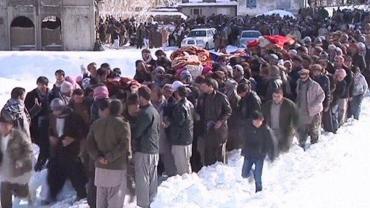 حصيلة انهيار الثلوج في أفغانستان.. أكثر من 250 قتيلا