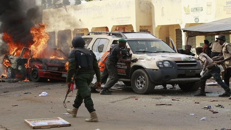 قتيل بانفجار يستهدف موكب رئيس نيجيريا والجيش يحرر 5 مدن من