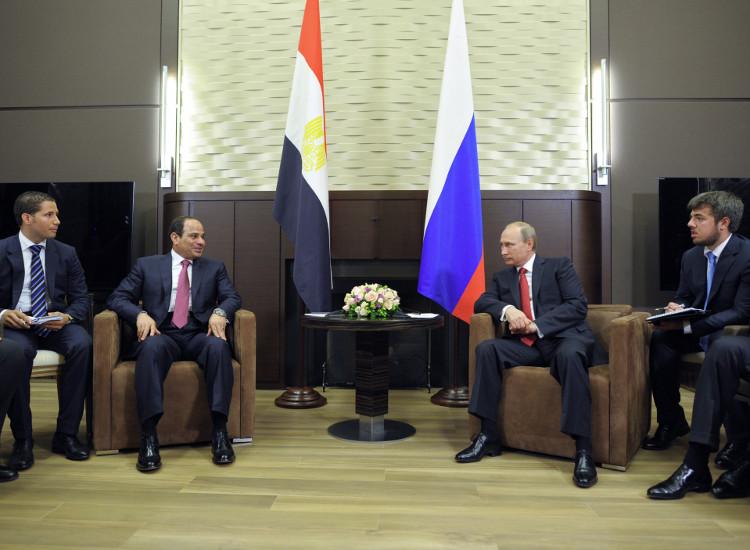 """بوتين إلى مصر لبحث محاربة """"داعش"""" والأزمة الليبية"""