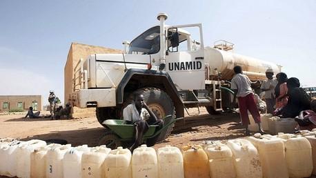 عتاد بعثة الأمم المتحدة والاتحاد الإفريقي في دارفور