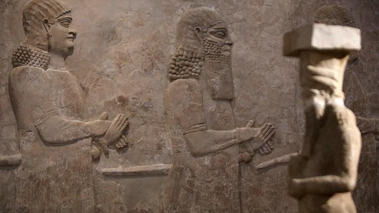 إيران تتبرع بحماية آثار العراق.. وآثار سوريا المهربة تباع في لندن