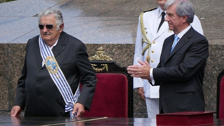 فازكيز يفوز برئاسة الأورغواي.. ومرشح المعارضة يعترف بهزيمته