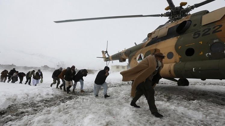 300 قتيل حصيلة ضحايا الانهيارات الثلجية في أفغانستان
