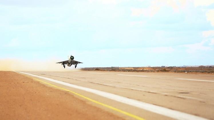 غارات جوية متبادلة في ليبيا