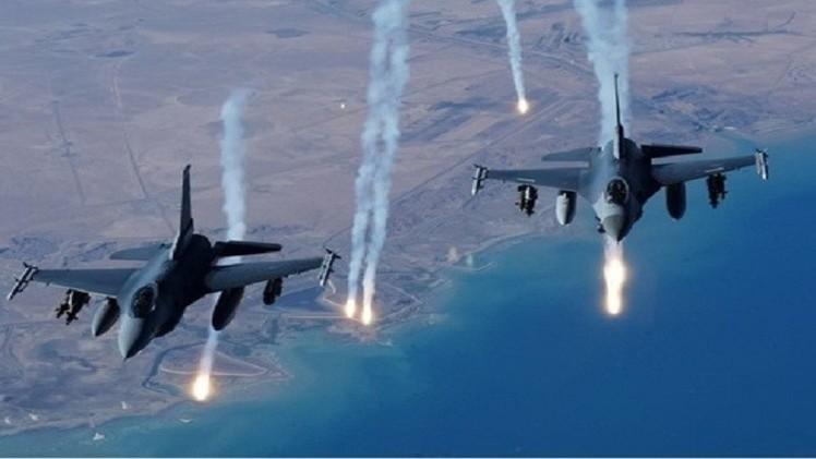 التحالف الدولي ينفذ 12 غارة جوية في العراق وسوريا
