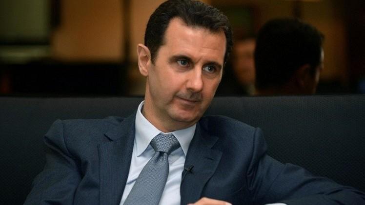هولاند: بشار الأسد ليس مفاوضا نزيها