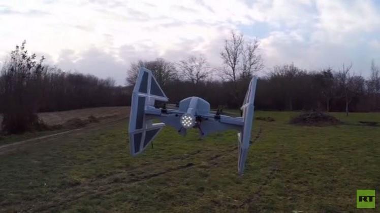 بالفيديو.. شاب يحول طائرة من دون طيار إلى سفينة فضاء من حرب النجوم