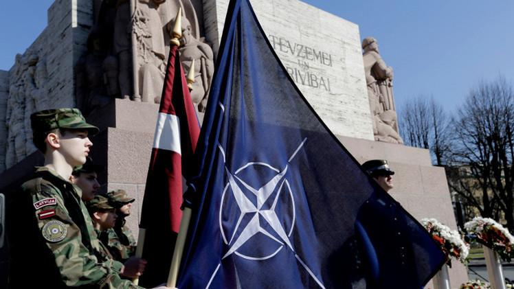وزير دفاع لاتفيا: روسيا خصمنا وليست شريكا
