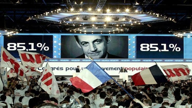 فرنسا.. توقيف وزير داخلية سابق في قضية تمويل القذافي لحملة ساركوزي الانتخابية
