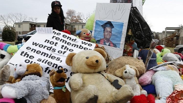 أوباما يؤيد عدم ملاحقة قاتل الشاب الأسود قضائيا
