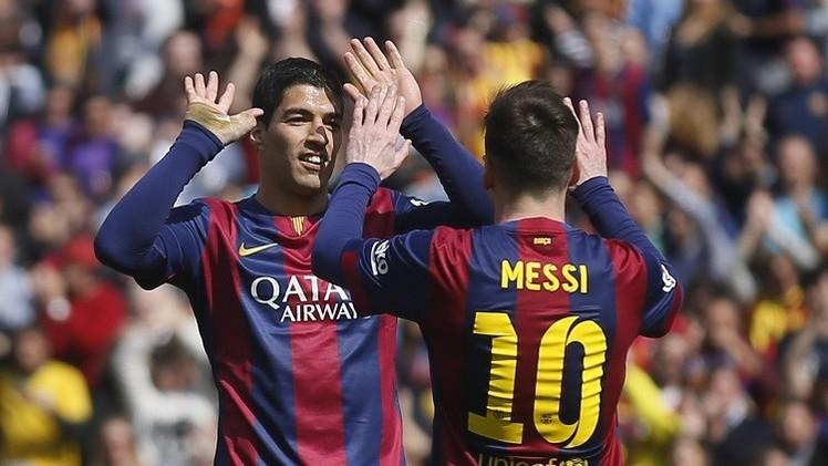برشلونة ينتزع صدارة الدوري الإسباني من ريال مدريد