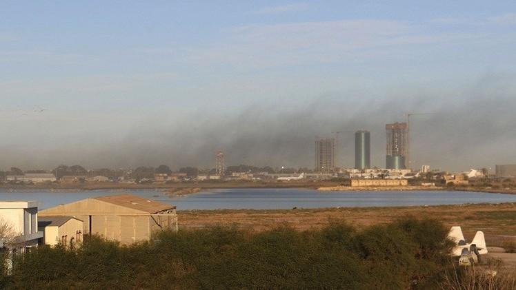 ليبيا.. قصف جديد على مطار معيتيقة