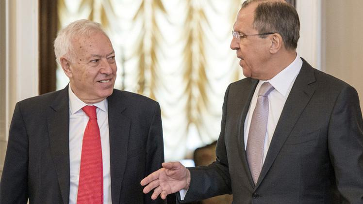 لافروف: الزمن وحده كفيل بحل مسألة العقوبات الغربية ضد روسيا