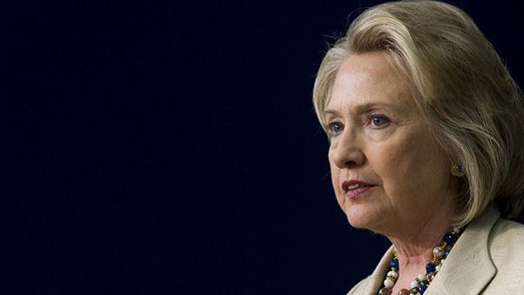 هيلاري كلينتون تدين رسالة الجمهوريين إلى إيران