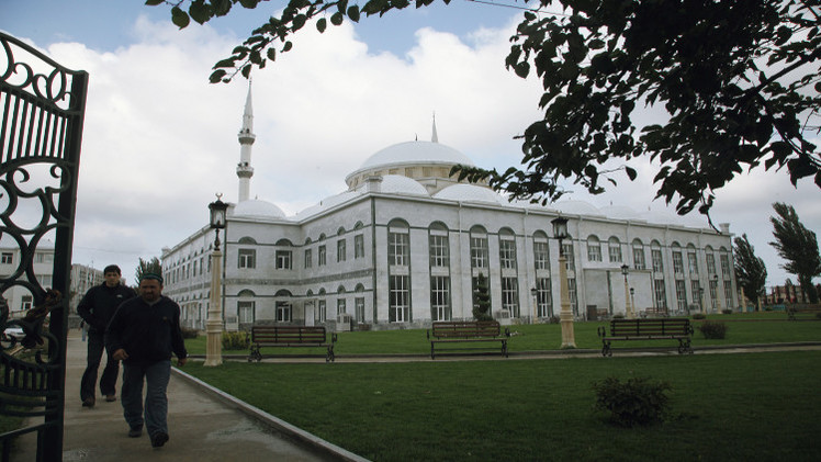 بناء أكبر مسجد في أوروبا بداغستان الروسية