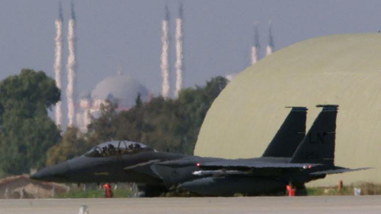 تركيا ترفض السماح لقوات التحالف باستخدام قاعدة إنجرليك لضرب