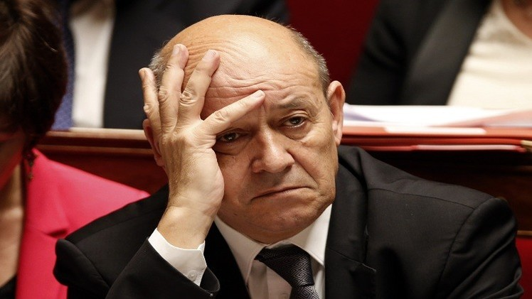 فرنسا تقلص وجودها العسكري في أفريقيا الوسطى وتعززه في الساحل