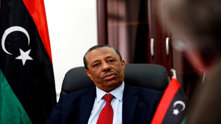 الأمن يمنع رئيس الوزراء الليبي من مغادرة مطار الأبرق