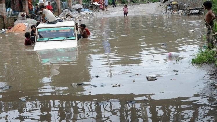 أنغولا.. 62 قتيلا على الأقل في لوبيتو إثر هطول غزير للأمطار