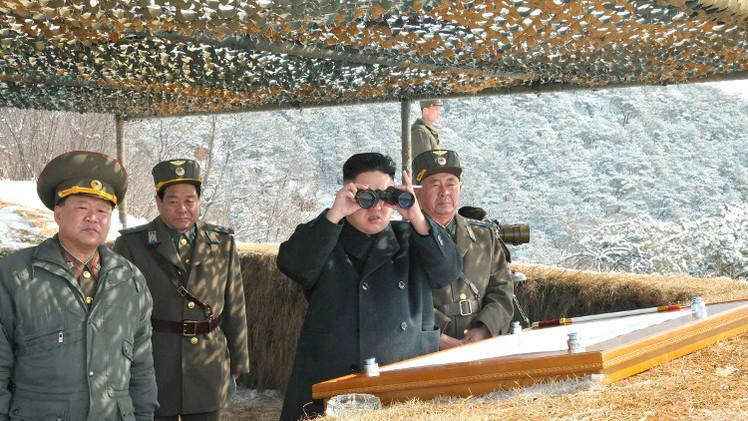 كوريا الشمالية تطلق صواريخ