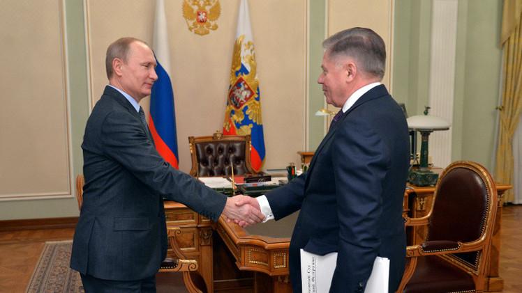 بوتين يلتقي رئيس المحكمة العليا الروسية ويشيد بعمل القضاء الروسي (فيديو)