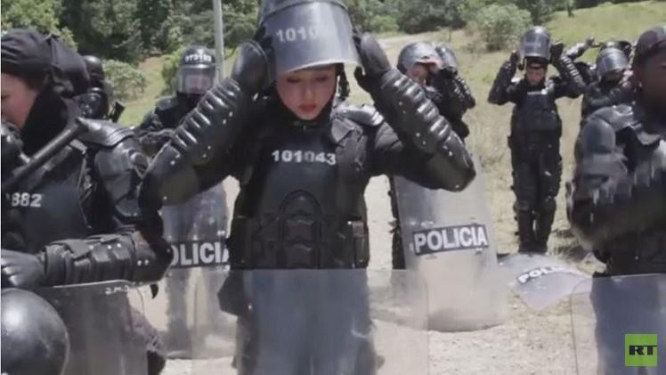 فيديو من كولومبيا.. نساء من وحدة مكافحة الشغب يمارسن تدريبات قاسية
