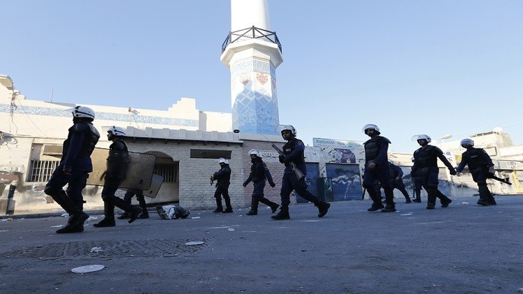 اتهام  17 شخصا بتشكيل جماعة إرهابية في البحرين