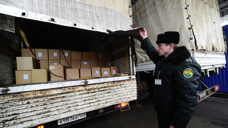وصول قافلة مساعدات روسية إلى دونباس شرق أوكرانيا