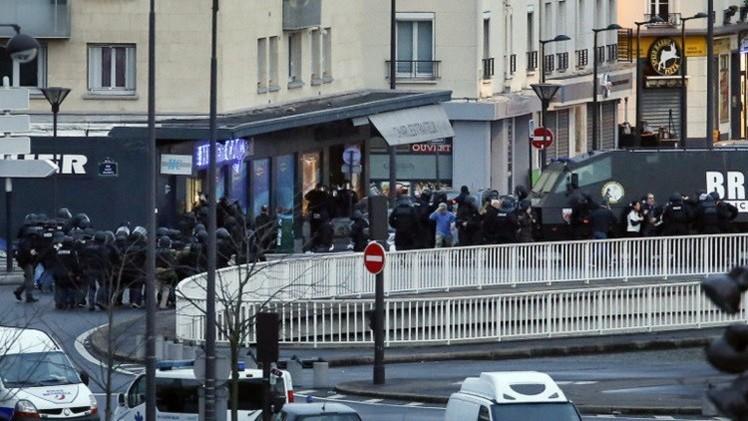باريس.. متجر يهودي استهدفه