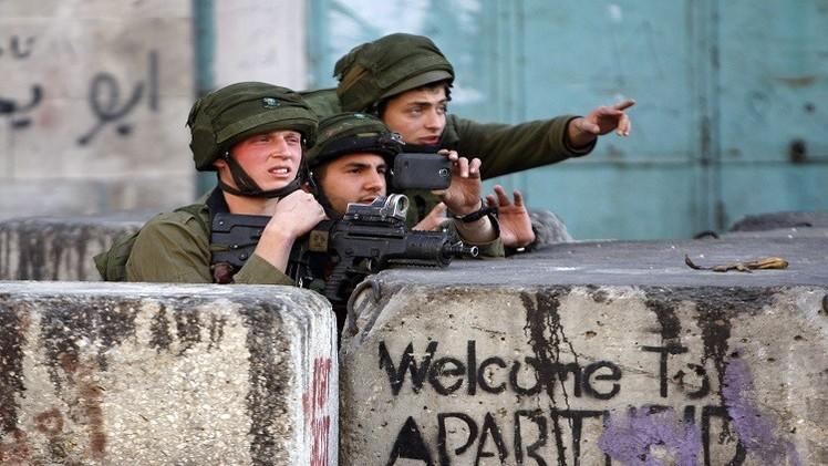 الشرطة الإسرائيلية تعتقل فلسطينيا نفذ عملية دهس ضد جنود في الضفة الغربية