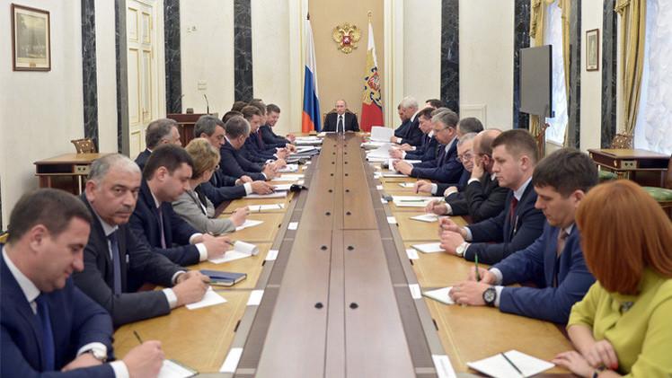 بوتين: العقوبات الغربية ليست قاتلة ولكنها ضارة