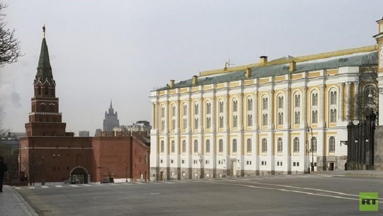 الكرملين: محاولات الغرب تشديد العقوبات غير مفهومة في ضوء تعطيل كييف تنفيذ اتفاقات مينسك