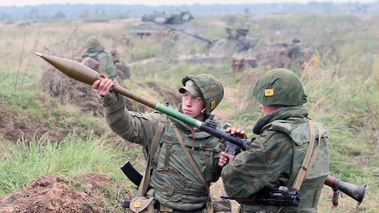 الجيش الروسي يجري تدريبات قتالية في أراضي أوسيتيا الجنوبية