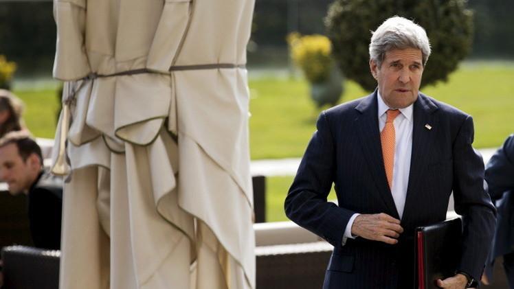كيري وظريف يؤكدان على حصول تقدم بخصوص الملف الإيراني