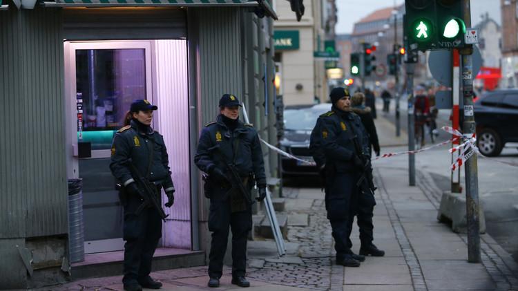 الشرطة الدنماركية تعتقل شخصا آخر يشتبه ارتباطه بهجومي كوبنهاغن