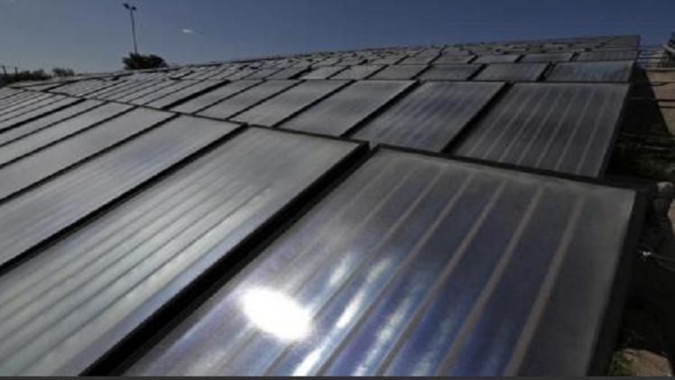 محطات الكهرباء في أوروبا تتخطى مشاكل الإمدادات جراء كسوف الشمس