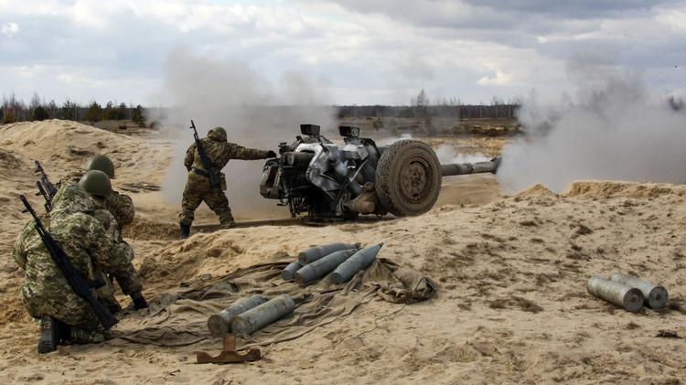 لوغانسك: كييف ستتراجع عن اتفاقيات مينسك في اللحظة التي ستكون فيها جاهزة للحرب