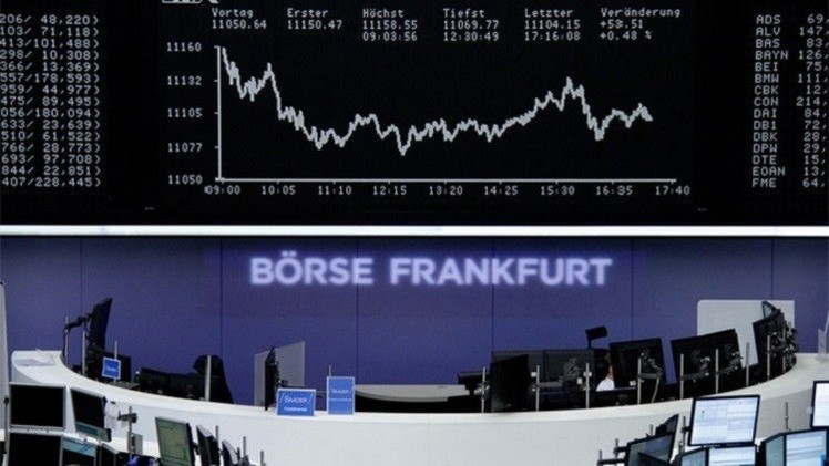 المؤشرات الأوروبية تنخفض خلال تعاملات الاثنين