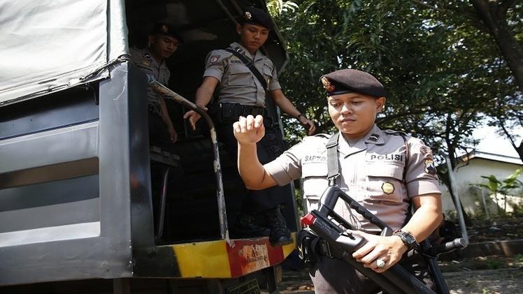 إندونيسيا.. اعتقال 5 أشخاص على علاقة بتجنيد أشخاص لـ
