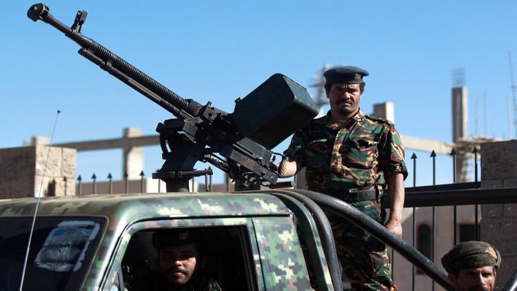 اليمن.. الحوثيون يسيطرون على قاعدة