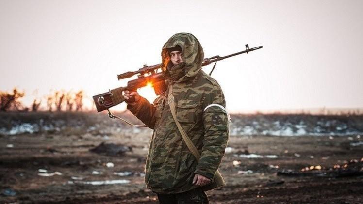 موسكو: مسألة إرسال بعثة حفظ سلام إلى أوكرانيا لم تناقش في اجتماع باريس