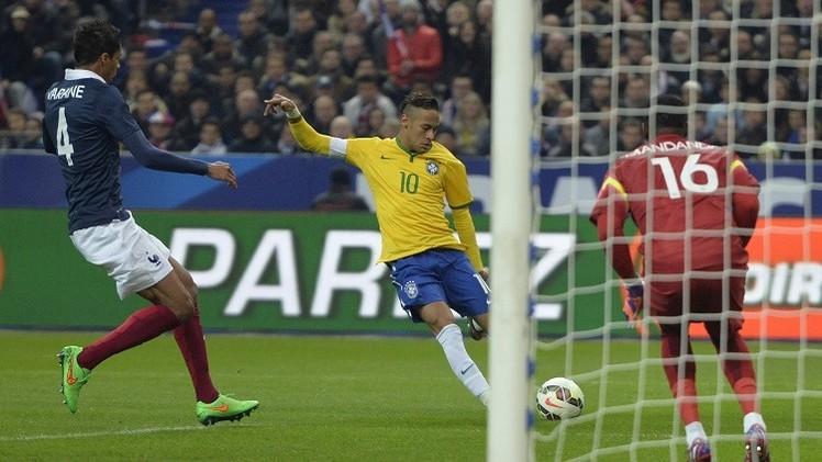 البرازيلي نيمار يهزم الفرنسي بنزيما في
