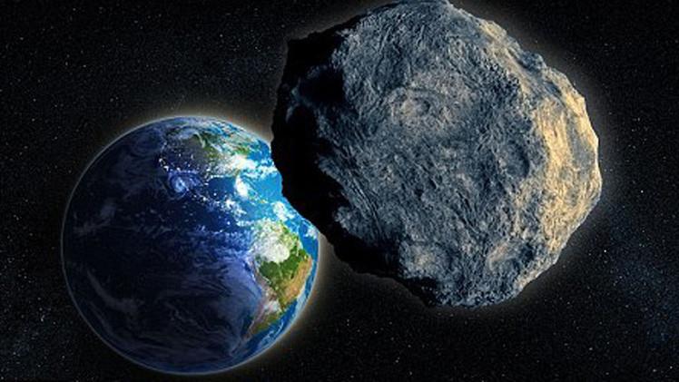كويكب عملاق قادر على محو بلد بأكمله في مسار قريب من كوكب الأرض
