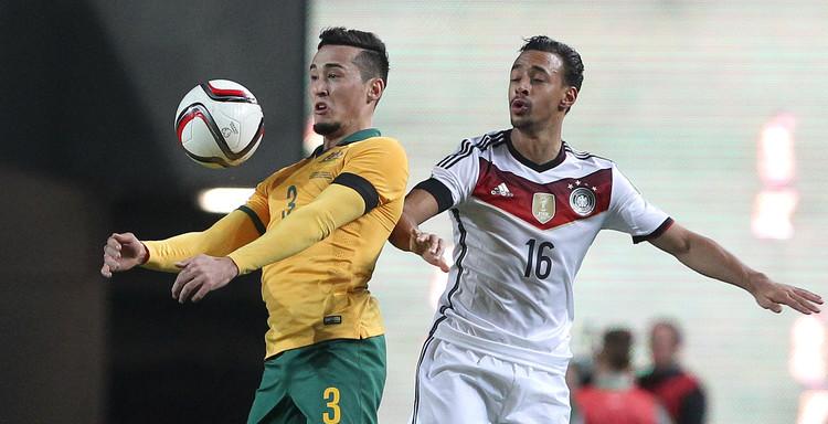 استبعاد كريم بلعربي من تشكيلة ألمانيا ضد جورجيا بتصفيات