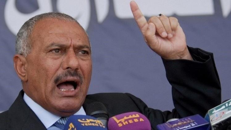 صالح يدعو إلى وقف العمليات العسكرية واستئناف الحوار في اليمن