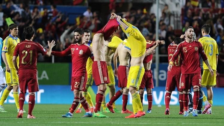 إسبانيا تفوز على أوكرانيا بهدف يتيم في تصفيات