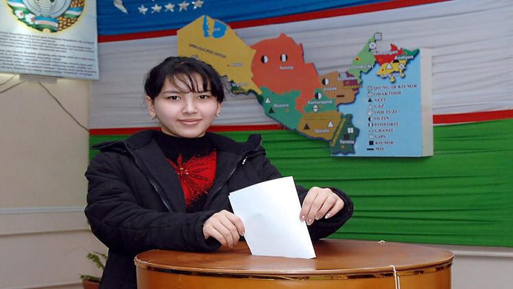 إغلاق صناديق الاقتراح في الانتخابات الرئاسية بأوزبكستان