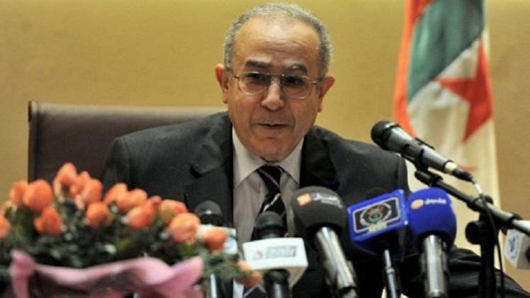 مبادرة جزائرية لحل الأزمة اليمنية